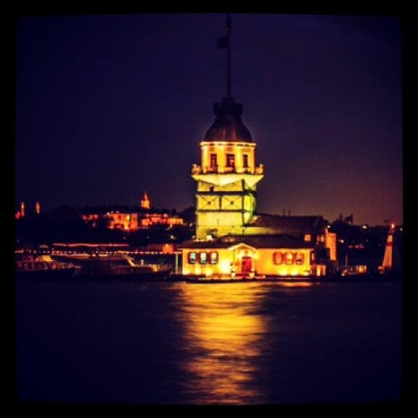 10/28/2013にRemphin R.がKız Kulesiで撮った写真
