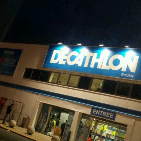 1fecb9edf Photo taken at Decathlon by Nègress 9. on 11 8 2016