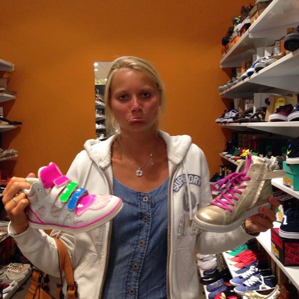1c5a3335519 Schoenen Torfs - Shoe Store