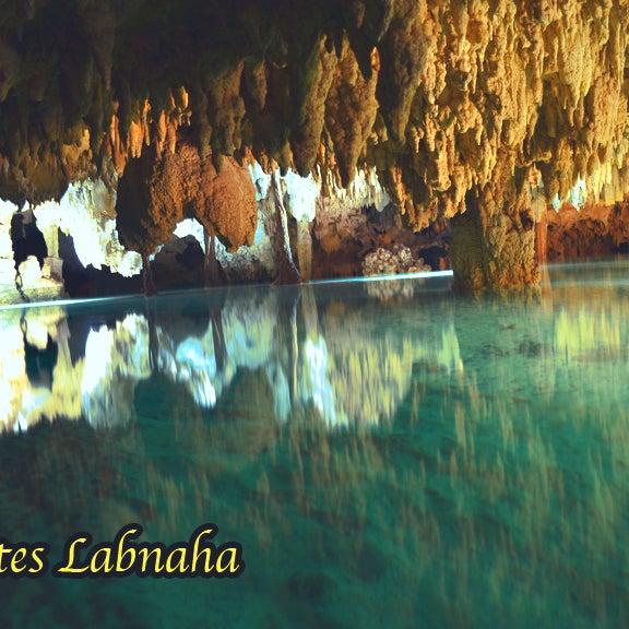 Entrada de luz en Cenotes labnaha