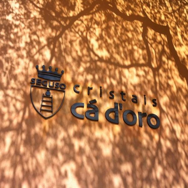 Foto diambil di Cristais Cá d'Oro oleh Debora M. pada 8/17/2013