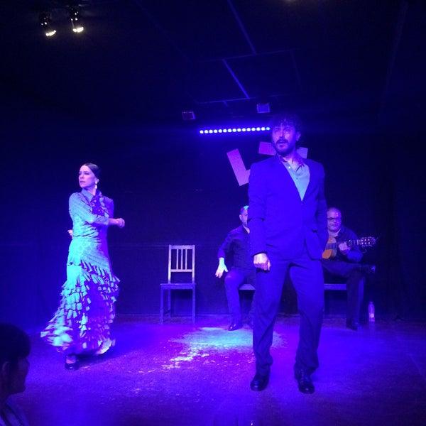 Снимок сделан в Las Tablas Tablao Flamenco пользователем Dominique A. 5/25/2016
