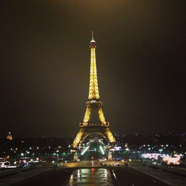 Photo prise au Place du Trocadéro par Pierre-Edouard S. le3/10/2013