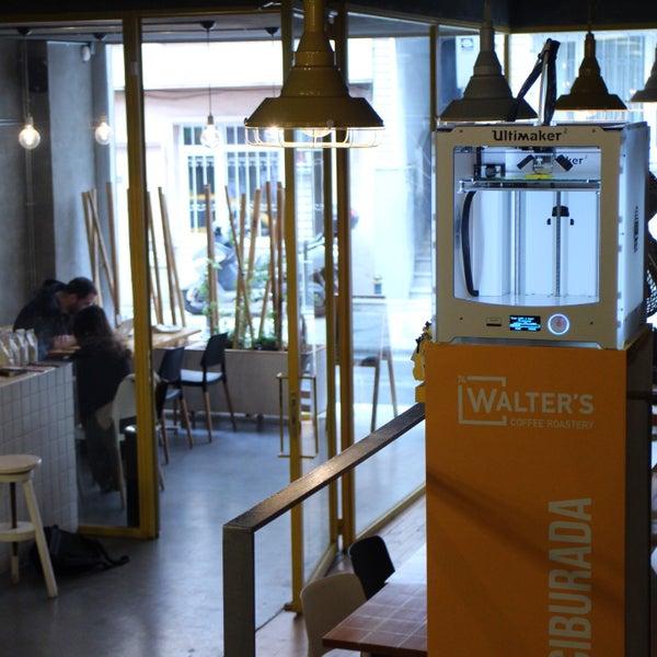 Снимок сделан в Walter's Coffee Roastery пользователем 3Dörtgen 10/7/2015