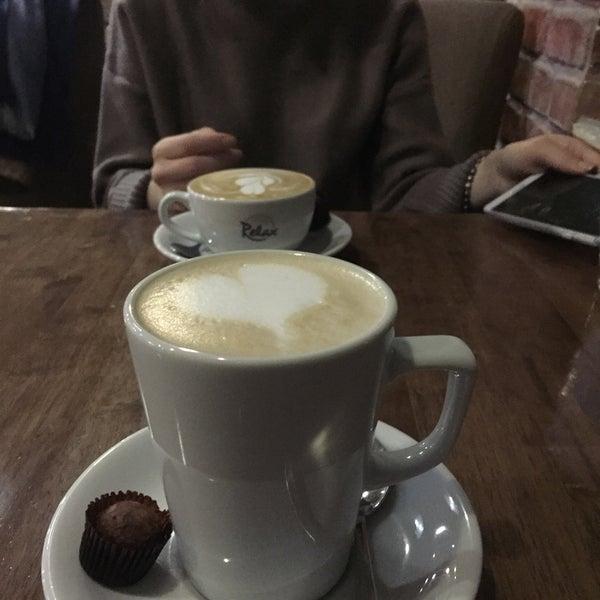 Foto tomada en Coffee Relax por Muhammet D. el 12/29/2016