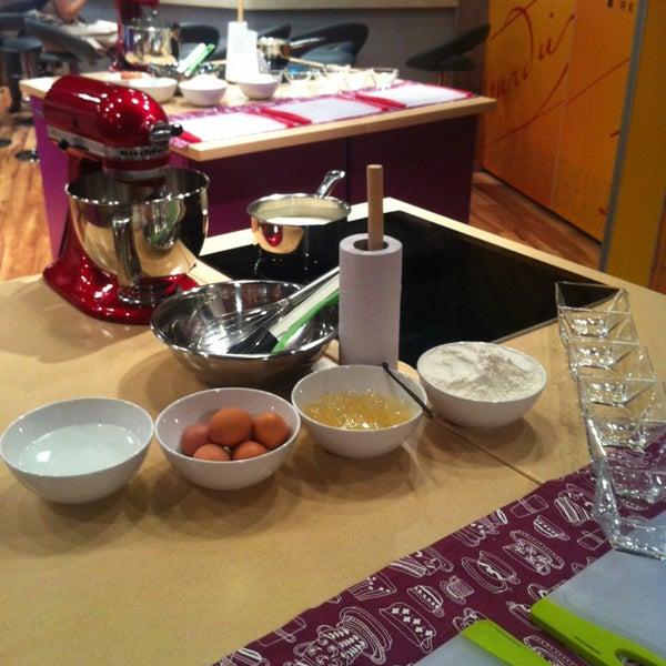 รูปภาพถ่ายที่ Culinaryon โดย Tanya T. เมื่อ 2/21/2013