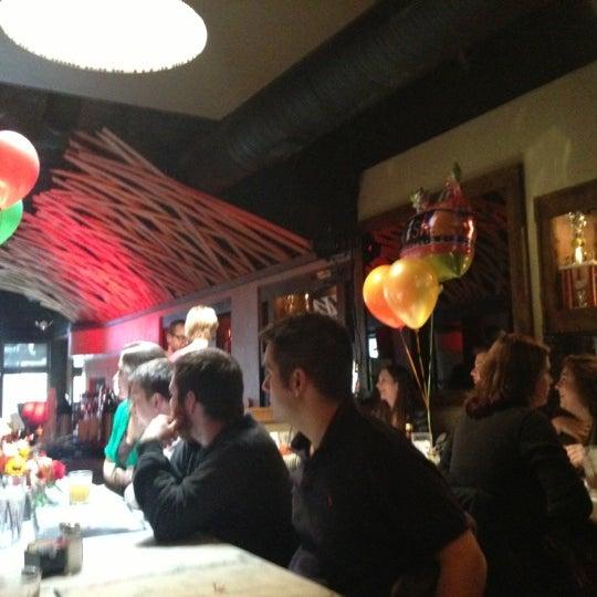 11/4/2012 tarihinde Jonathan P.ziyaretçi tarafından Union Cafe'de çekilen fotoğraf