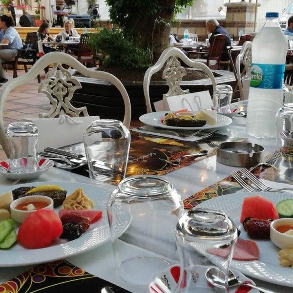 5/18/2018 tarihinde Ayşe ç.ziyaretçi tarafından Mihri Restaurant & Cafe'de çekilen fotoğraf