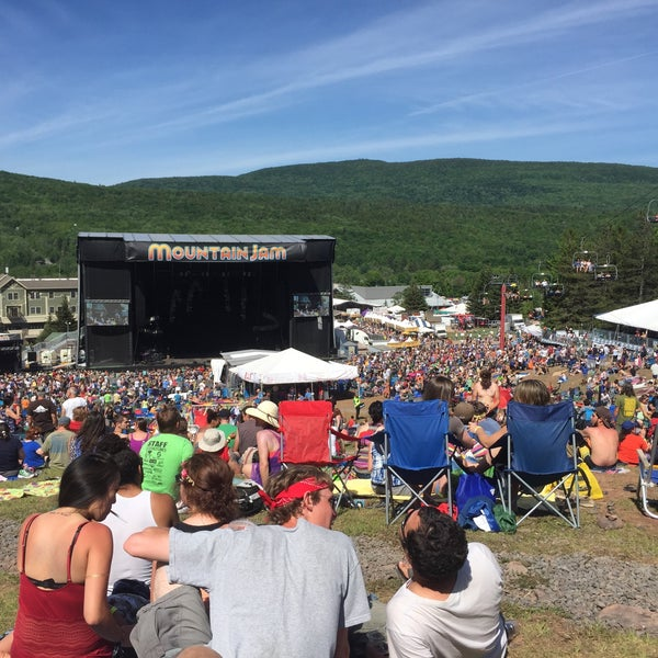 Das Foto wurde bei Mountain Jam von Michael M. am 6/7/2015 aufgenommen