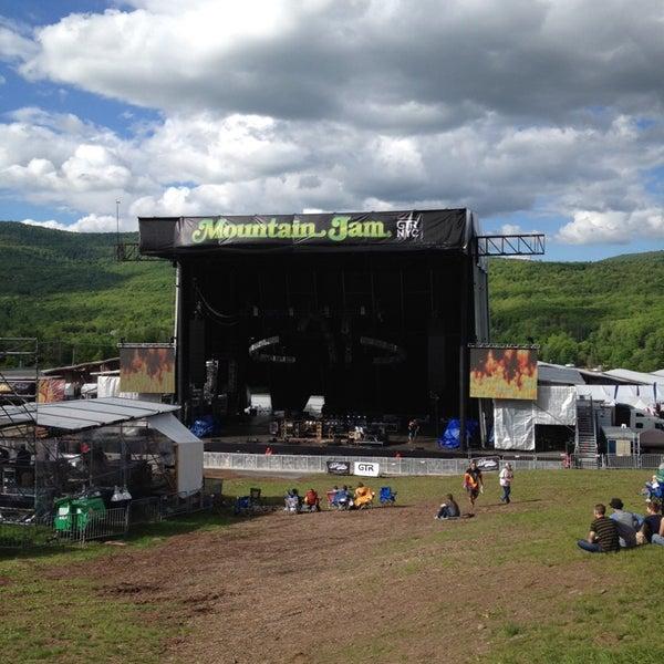 Das Foto wurde bei Mountain Jam von Michael M. am 6/5/2014 aufgenommen