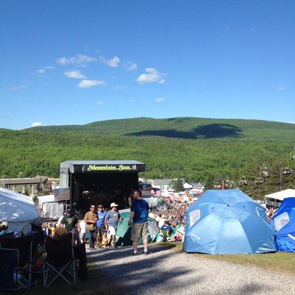 Das Foto wurde bei Mountain Jam von Michael M. am 6/7/2014 aufgenommen