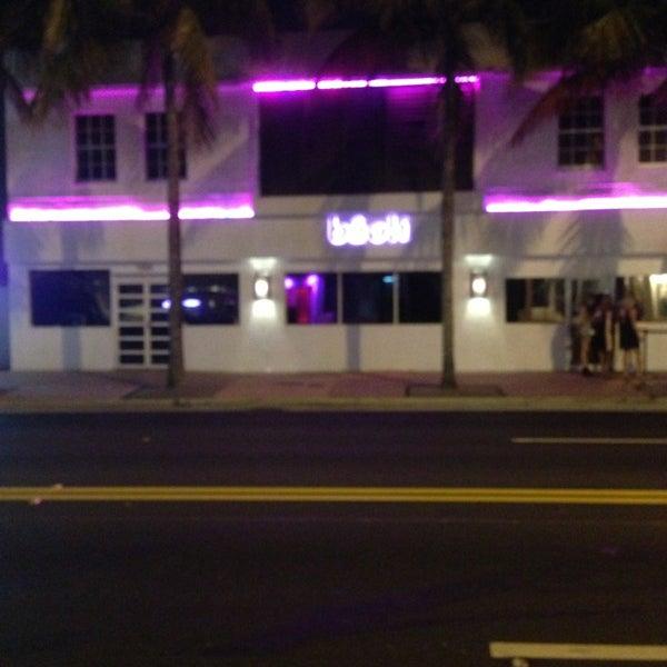 5/18/2013에 Jay T.님이 Bâoli Miami에서 찍은 사진