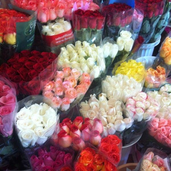 Бизнес букет, цветы розы по оптовым ценам красноярск