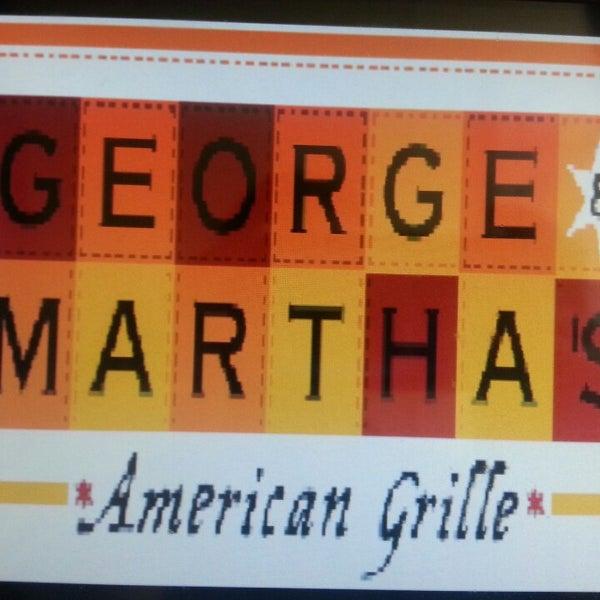 9/17/2013에 Kalyn F.님이 George and Martha's American Grill에서 찍은 사진