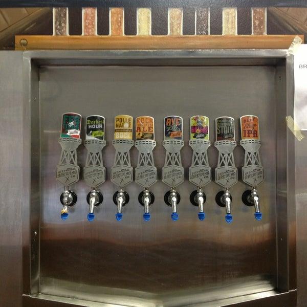 Foto diambil di Deep Ellum Brewing Company oleh Nikki pada 1/12/2013