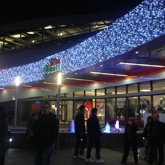รูปภาพถ่ายที่ Athens Metro Mall โดย Κωνσταντινα เมื่อ 12/7/2012