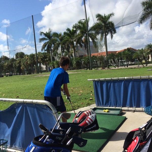 Das Foto wurde bei Palmetto Golf Course von Alain M. am 10/12/2014 aufgenommen