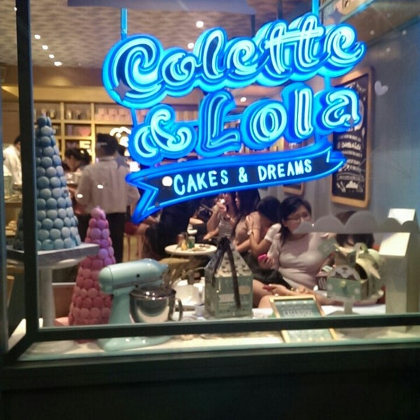 Foto diambil di Colette & Lola oleh Paschalia E. pada 7/15/2013