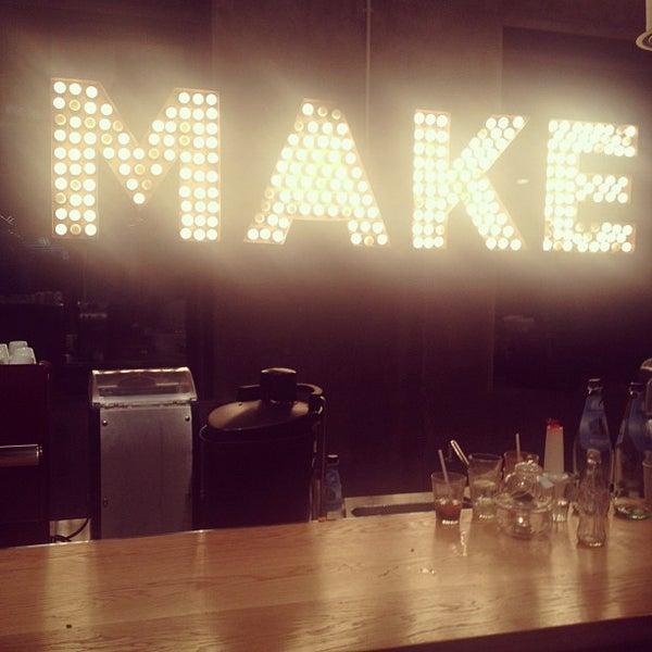 รูปภาพถ่ายที่ MAKE Business Hub โดย Ulric K. เมื่อ 9/24/2012