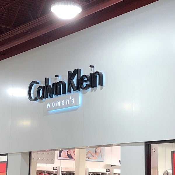 b413f8a5c0bca Calvin Klein Women s - Clothing Store in Las Vegas