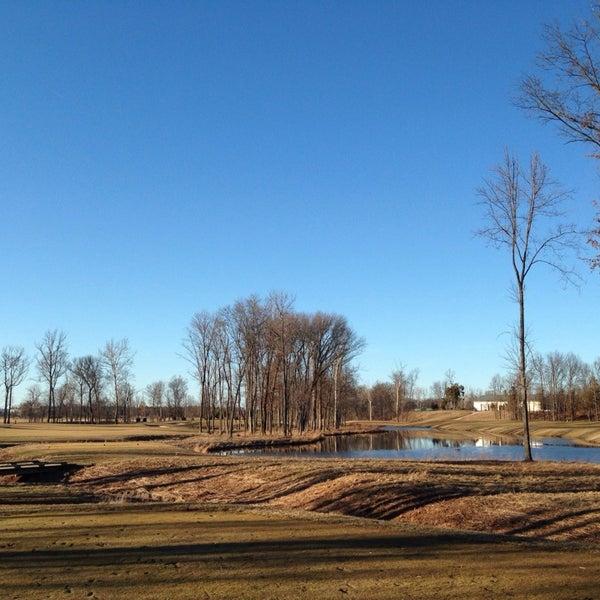 Foto tomada en 1757 Golf Club por Lynn N. el 2/22/2014
