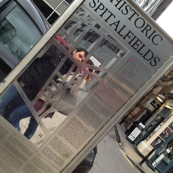 Foto tomada en Old Spitalfields Market por Gela K. el 2/2/2013