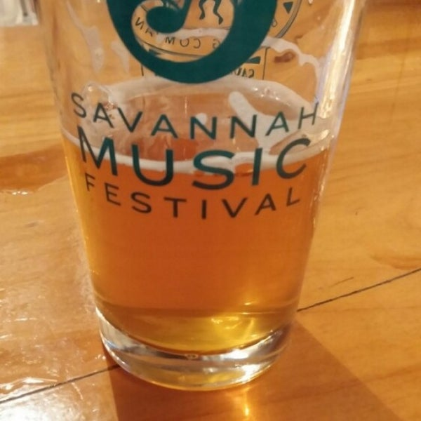 Das Foto wurde bei Southbound Brewing Company von Jason H. am 2/7/2016 aufgenommen