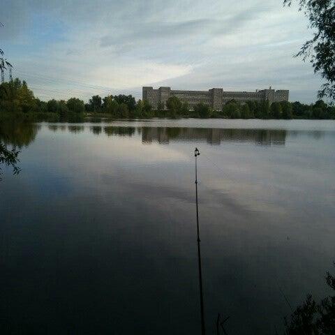 รูปภาพถ่ายที่ Троєщинський канал โดย colddrink เมื่อ 9/28/2013