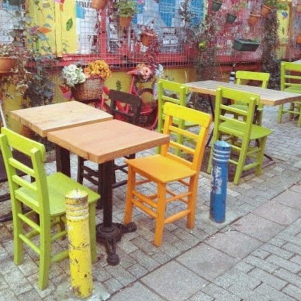 3/15/2021 tarihinde TC Şeniz U.ziyaretçi tarafından Tosbağa Cafe'de çekilen fotoğraf