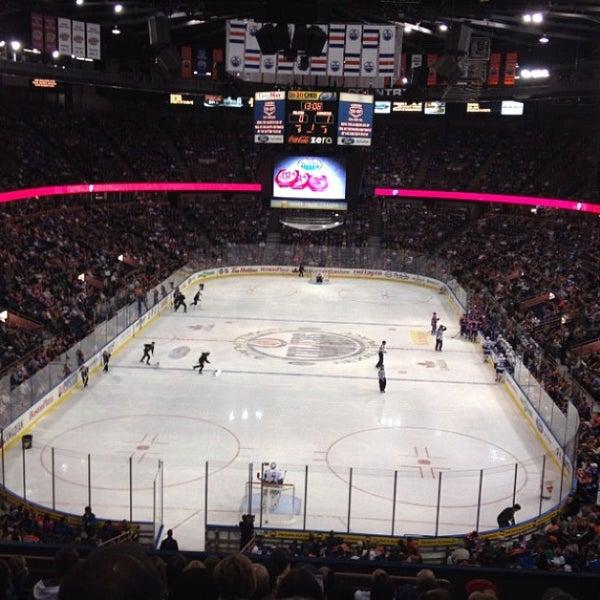 9/22/2013 tarihinde Shawn T.ziyaretçi tarafından Northlands Coliseum'de çekilen fotoğraf