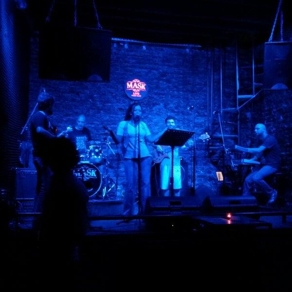 Foto diambil di Mask Live Music Club oleh Jonas E. pada 7/21/2013