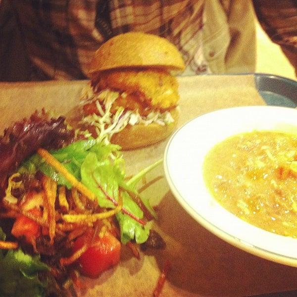 Foto tirada no(a) Sandwich Me In por Diana M. em 11/2/2012