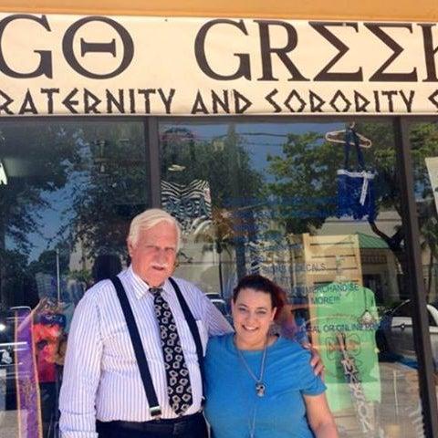 Снимок сделан в Go Greek Boca Store пользователем Go Greek Boca Store 9/23/2013