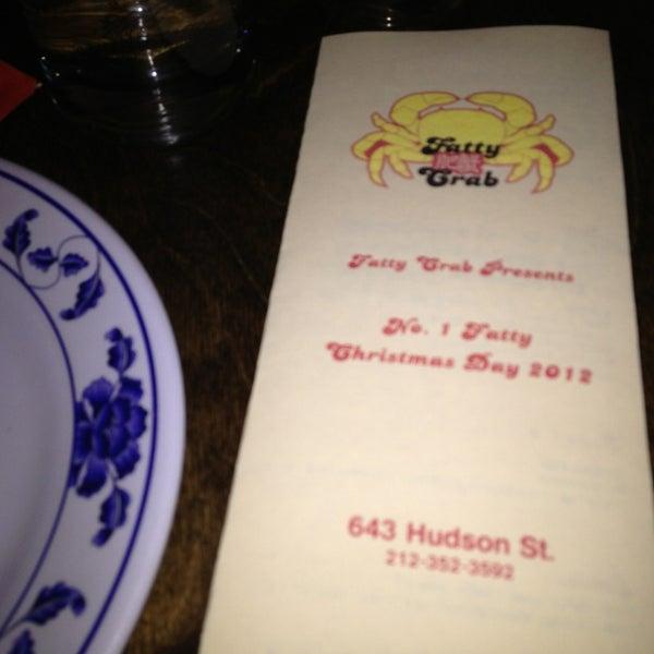 Снимок сделан в Fatty Crab пользователем Dina 12/25/2012