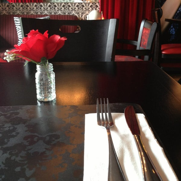 Foto tomada en Restaurante Almodovar por Leonardo C. el 3/18/2013