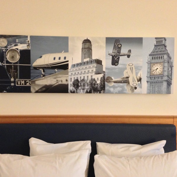 Hampton by Hilton London Luton Airport - 15 tips from 464