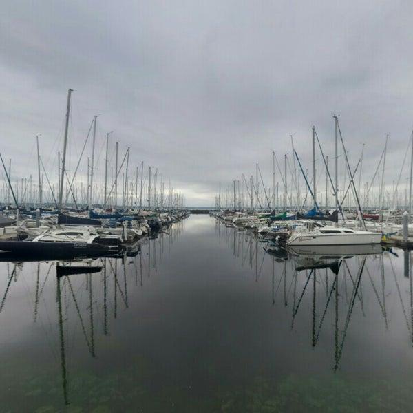 Photo prise au Seattle Sailing Club par Cem H. le5/17/2015