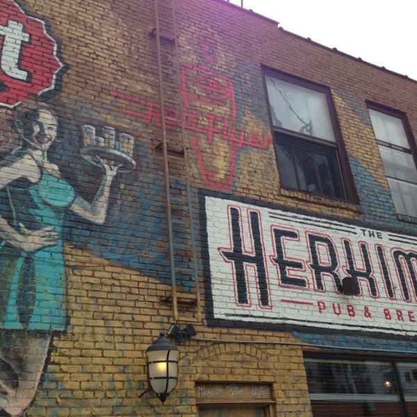 7/28/2013에 Todd C.님이 The Herkimer Pub & Brewery에서 찍은 사진
