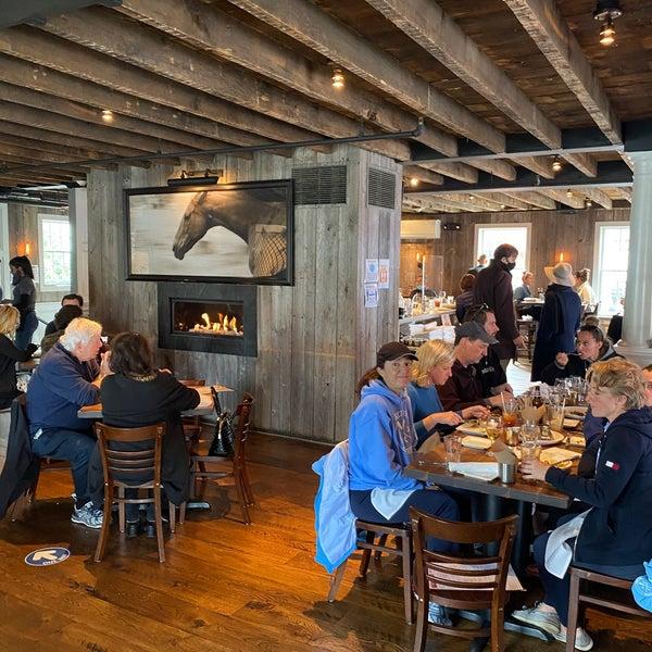 10/25/2020에 Jose F.님이 The Spotted Horse Tavern에서 찍은 사진