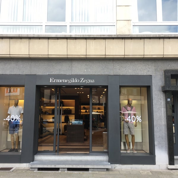 a4e250e8659b8 Z Zegna Corner - Clothing Store in Meir Shopping District