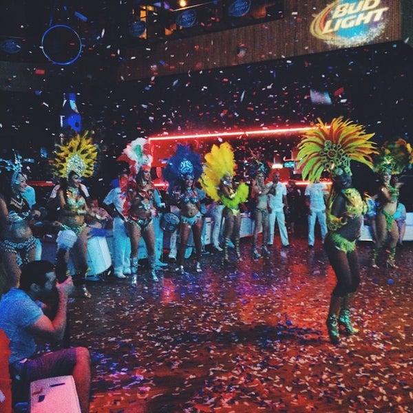 Foto diambil di Rain Nightclub oleh Joe M. pada 7/12/2014