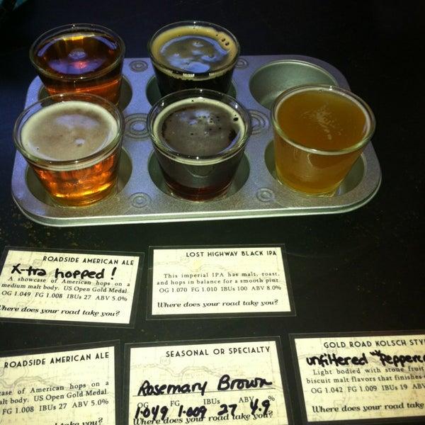 รูปภาพถ่ายที่ Mother Road Brewing Company โดย Matt C. เมื่อ 8/31/2013