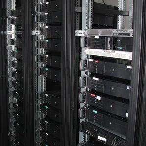 รูปภาพถ่ายที่ Yöncü Bilişim Çözümleri โดย Yöncü Bilişim Çözümleri เมื่อ 2/17/2014