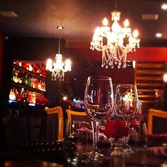 รูปภาพถ่ายที่ Restaurante Almodovar โดย Catarina M. เมื่อ 10/27/2012