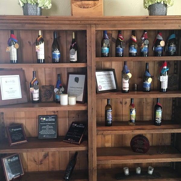 Photo prise au Rosenthal Wine Bar & Patio par Валерий Ч. le7/23/2016