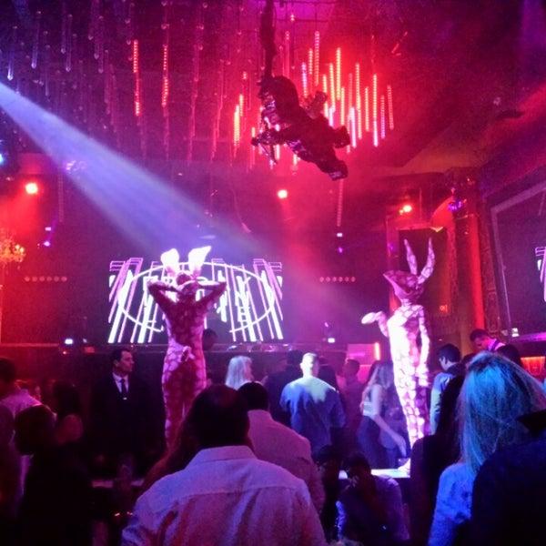 Photo prise au Spazio Nightclub par Ernesto V. le2/14/2015