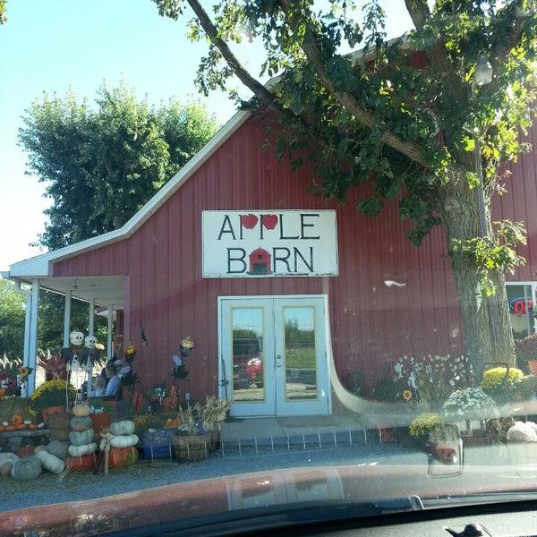 Apple Barn Orchard - 2290 E Walnut St
