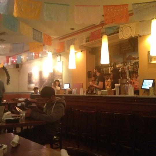 Foto tomada en La Palapa por Minu' C. el 12/2/2012