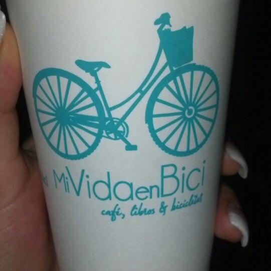 11/27/2013にJessica A.がMi Vida en Biciで撮った写真