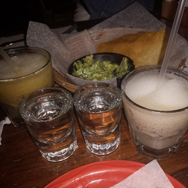Foto scattata a Burrito Loco da Odochi I. il 5/6/2014